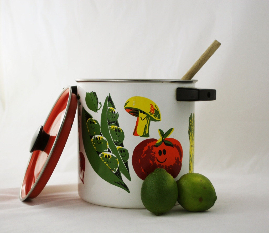 mid century bright vegetable cooking pot