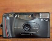 Vintage Fuji DL25 Film Camera // Vintage Fuji Lomo Camera