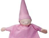 handpop, zacht roze geruit, kinderpopje, babypop, poppenkast pop