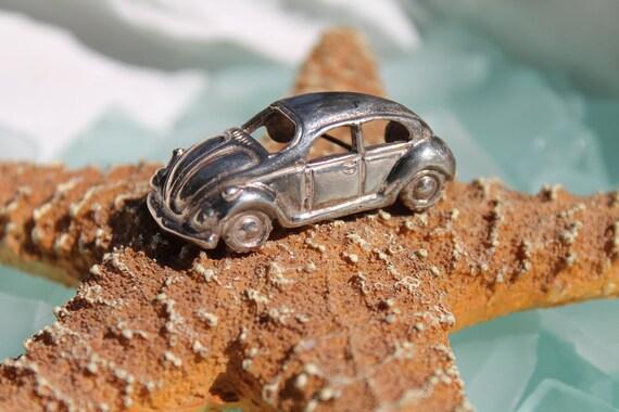 Treasury Item - COLLECTORS Vintage Heavy Sterling Silver VOLKSWAGEN VW Bug / Buggy / Car 3-D Pin / Brooch