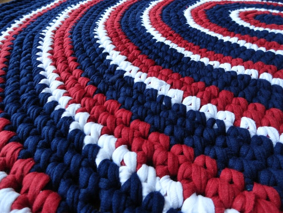 red white and blue recycled t shirt rag rug 3 39. Black Bedroom Furniture Sets. Home Design Ideas