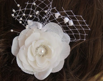 Ivory color flower clip