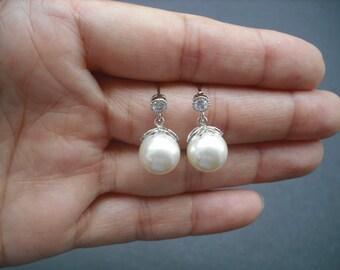 Bridal earrings, Bridesmaids Gift, Swarovski Cream Pearl Rhinestone Post Earrings - sterling silver post
