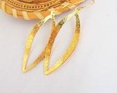 Gold earrings,Gold Oval earrings,  Drop earrings Bride Bridal Accessory Bridesmaid  fancy look Chic