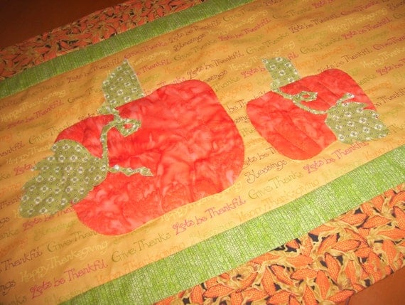 Fall Thanksgiving Table Runner Topper with Pumpkins
