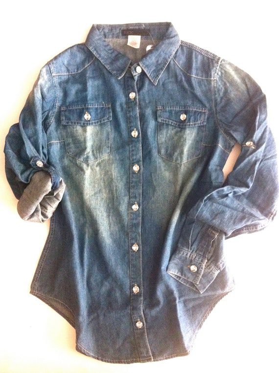 Tuck JEWELED Denim Shirt, Vintage-Wash ..Size S & L - Sale.. Fall Special