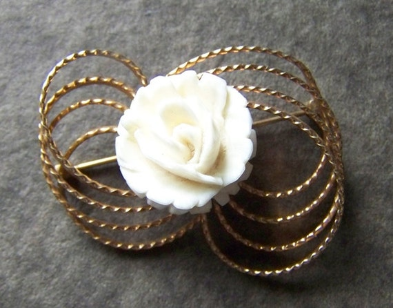 Ivory or Bone Carved rose cameo  12k GF brooch pin
