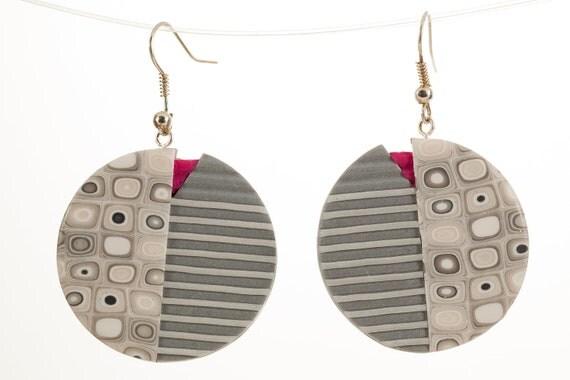 Gray earrings, round dangle earrings, grey pink colored earrings, handmade fimo earrings, grey tortoise pattern, OOAK