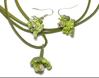 Green flower charm and matching earrings