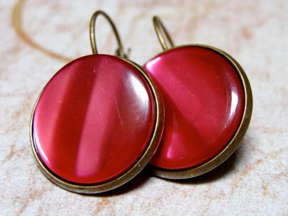 """Fuchsia Button Earrings, Retro Jewelry, Hot Pink Vintage Dangle Earrings, Holographic Accessory, Upcycled Gift for Her - """"Crazy For You"""""""
