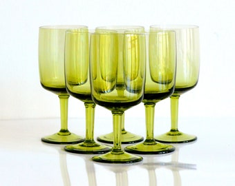 Green port glasses/drinking goblets, set of six (small)
