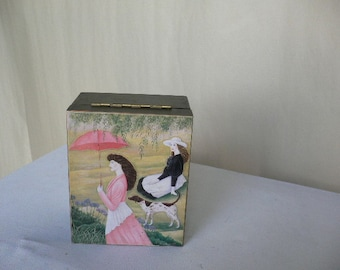 Vintage jewelry music box, made of wood in Japan.......