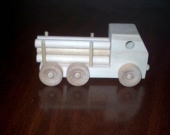 Log carrier truck