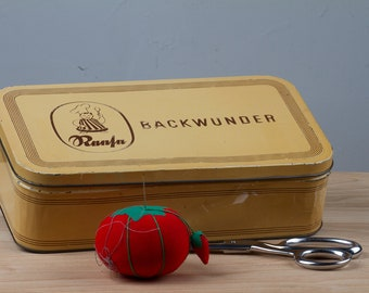 Backwunder Tin Can from Germany