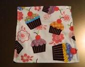 White Cupcake Eco-Friendly Reusable Snack Bag