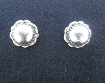 Vintage Silver Tone Earbobs