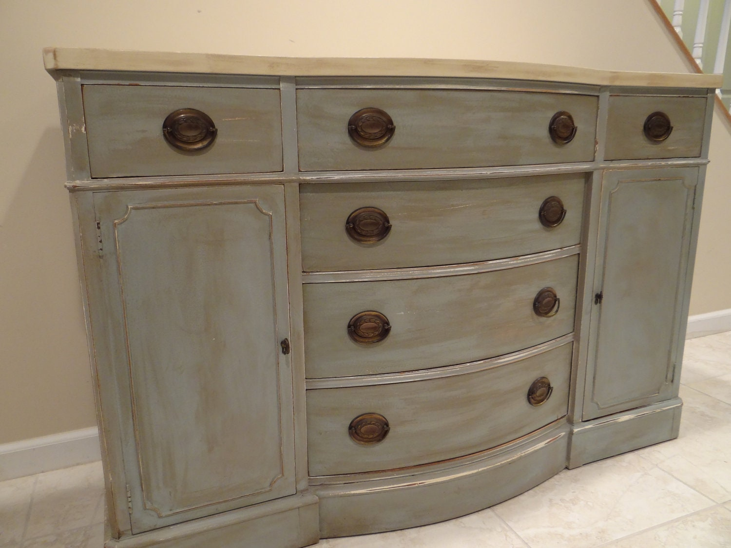 Two Tone Shabby Chic Drexel Buffet Dresser