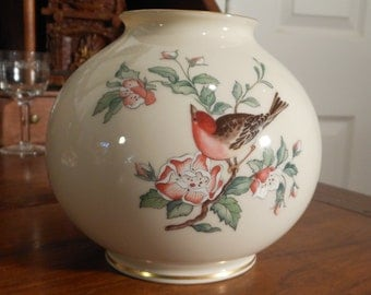 Beautiful vintage Lenox Serenade round vase, c. 1988