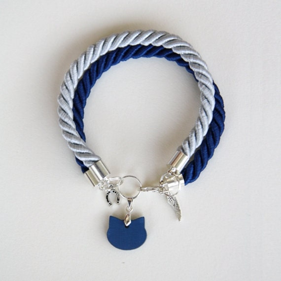 Double rope bracelet with cat head shaped charms - navy & cool grey