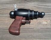 Space Pirate Atomic Ray Gun Water Pistol reserved