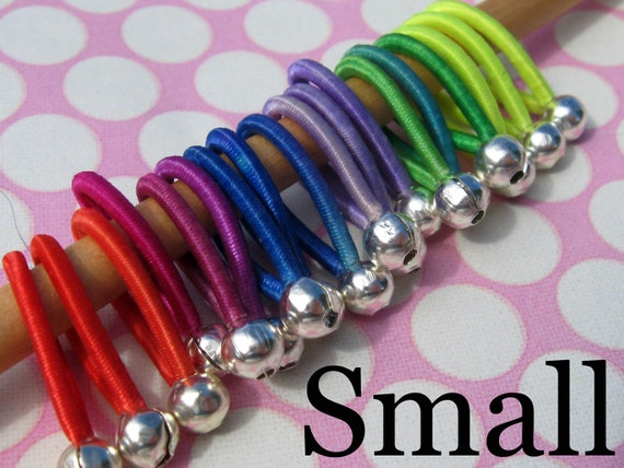 soft flexible hand-friendly - FLOOPS - knitting stitch markers (18) - size Small