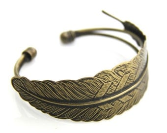 2pcs of brass cuff bracelet with brass feather -5510-antique bronze
