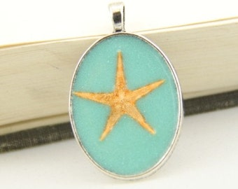 2 pcs of resin with starfish oxed silver tone pendant-1425