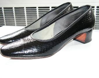 DeLiso Black Leather Pumps Size 8