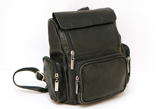 vtg 90s wilsons black LEATHER small casual BACKPACK