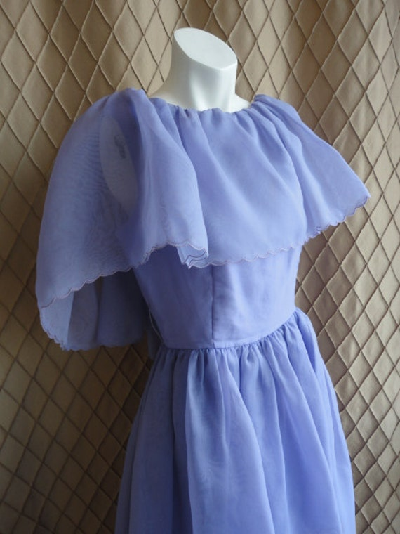 70er jahre kleid vintage 1970er jahre lila organdy kleid. Black Bedroom Furniture Sets. Home Design Ideas