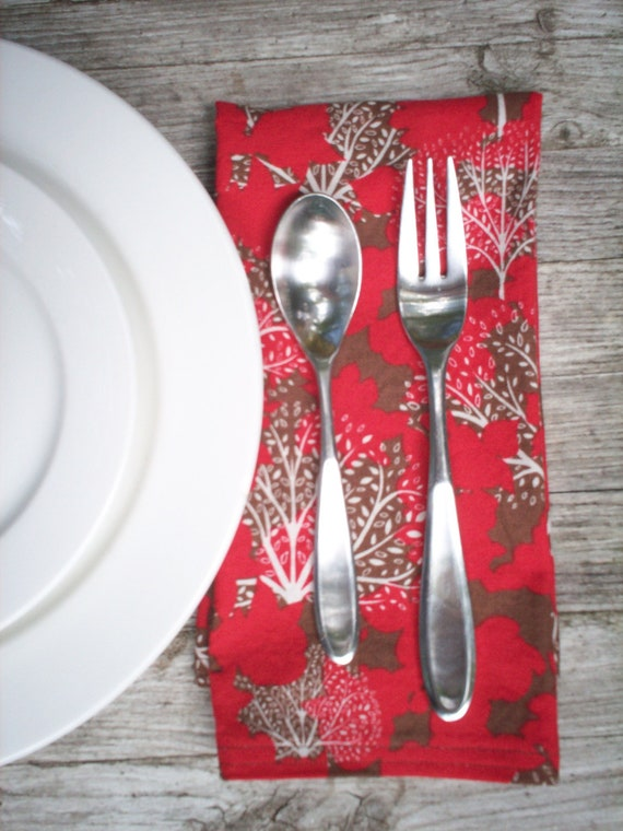 Dinner Size Cotton Red Tree Pattern Cloth Napkin with Double Stitching