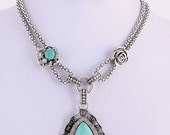 BEAUTIFUL Vintage Turquoise Necklace and earrings with rhinestones