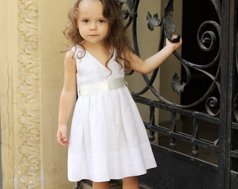 Girls white dress D27 summer linen birthday baby infant flower girls special occasion /hmet/rusteam