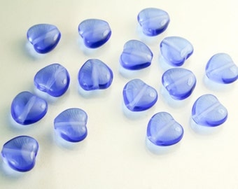 15 Blue Heart Beads - Czech Glass Heart   SUP  054