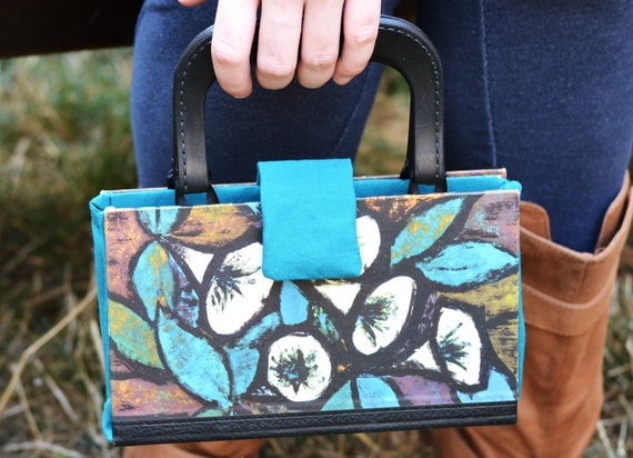 Upcycled Book purse from vintage German novel... version 2.0