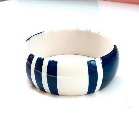 Navy and Creamy White Striped Vintage Retro Cuff Bangle Bracelet