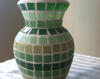 Dandelion Vase in Green
