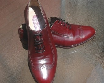 Mens brogue shoes, Mens cordovan shoes, wingtip shoes, handmade shoes, Made in Italy, cordovan lace shoes, size 8