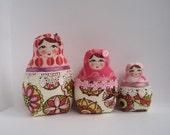 """A Set of  cloth Matryoshkas (Russian babushka dolls) """"Pink Circles"""""""