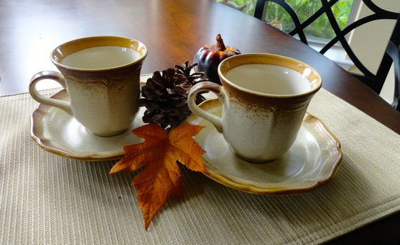 Mikasa Whole Wheat Brown Stoneware Cups and saucers (2) E8000