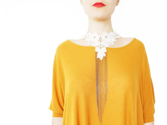 Omecia // FREE SHIPPING // Handmade Ivory Crochet Cotton Floral Lace Collar Choker Necklace Applique Blouse Accessories Bib Necklace