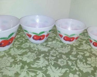 Mint Vintage Fire King  Apples & Cherries Mixing Bowl Set