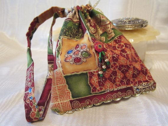 Wristlet Handbag Purse Handmade Beaded Handcrafted Jeweled Elephant