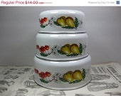 FALL SALE Set of 3 Vintage Enamel Nesting Mixing Bowls Fruit Cherries and Pears