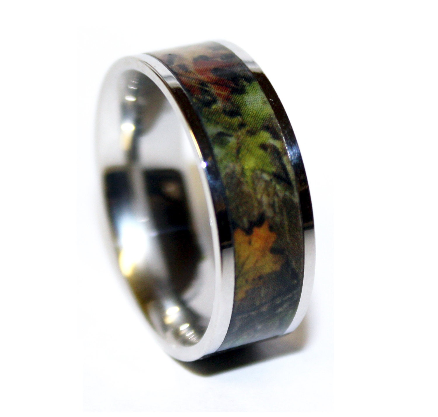 Camo wedding ring titanium wedding band camo ring us for Camoflauge wedding rings