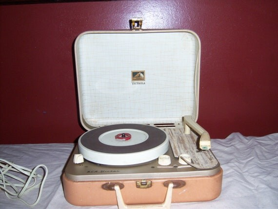 Vintage Retro RCA Victor Portable Record Player, 1962