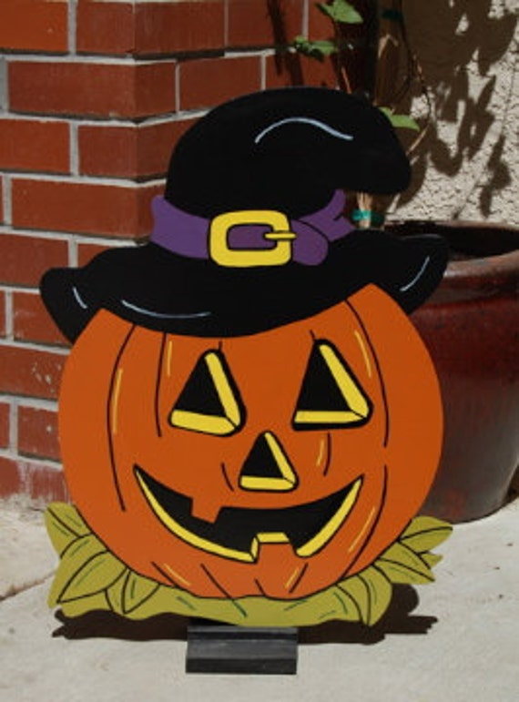 Pumpkin Wearing A Witches Hat Outdoor/Indoor Halloween sign
