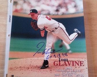 Tom Glavine Autograph 8X10 Photo CY 1991,98