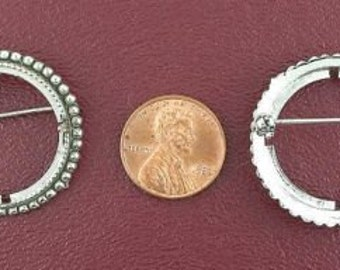 silver plated 25 cent piece antiqued pin mounting