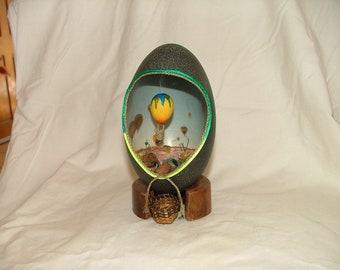 Egg Art - Hot Air Ballooning Emu Egg